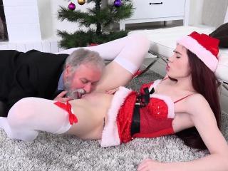 Девочка заставила парня лизать пизду смотреть порно онлайн