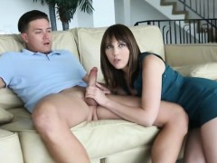 Голые мужчины и женщины оральный секс