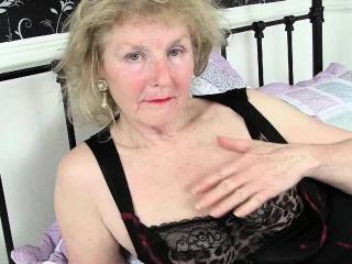 Милые нежные пяточки в колготках секс видео