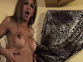 Sara Costa - Gorgeous Ebony Shemale Wanking Her Woody