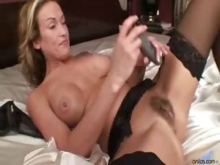 Porno Video of Jolie Dildo Masturbation