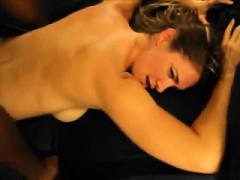 Порноо одной с кучей негров