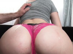 Увеличить порно фото женских гениталий