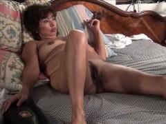 Порно онлайн вылизывает пизду после