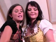 Video devochki trusiki porno