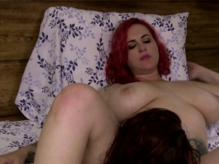 Teen shemale strapon fucked by busty female