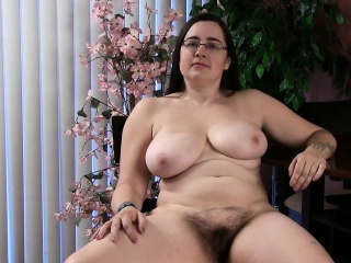 Get to know the hairy brunette bbw cori...