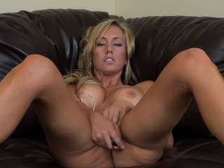 busty babe brett rossi loves to masturbate for her live webcam show
