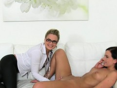 Порно жесткое с невестами видео