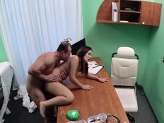 Жопу лизати порно бесплатно