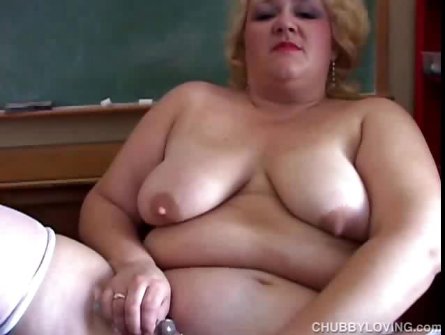 Porno Video of Chubby Milf Teacher Has A Nice Little Wank
