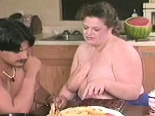 Смотреть порно принудительный секс с женой друга