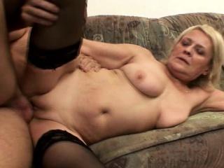 Desperate granny likes it hard...