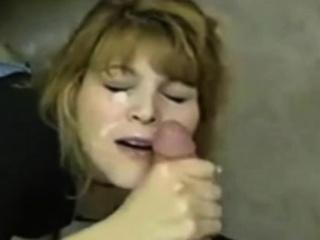 Девушки в мокрой одежде видео порно