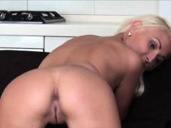Смотреть порно видео зять ебет зрелую тещу