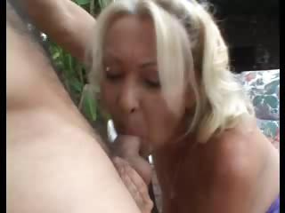 Porno Video of Granny And Young Man Outdoor Fun