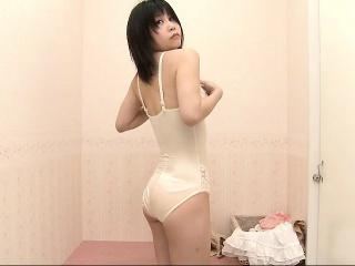 Тверк 18 без нижней одежды секс