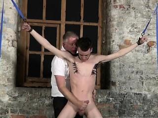 Twinks handcuffed gay bondage movies and cycling bondage gay