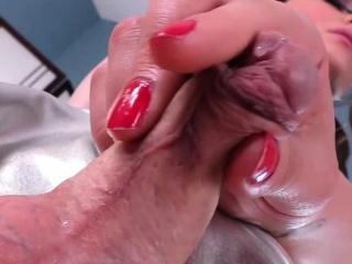 Tgirls exchanging penis massages
