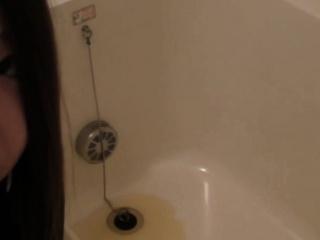 Bizarre asian pee bath