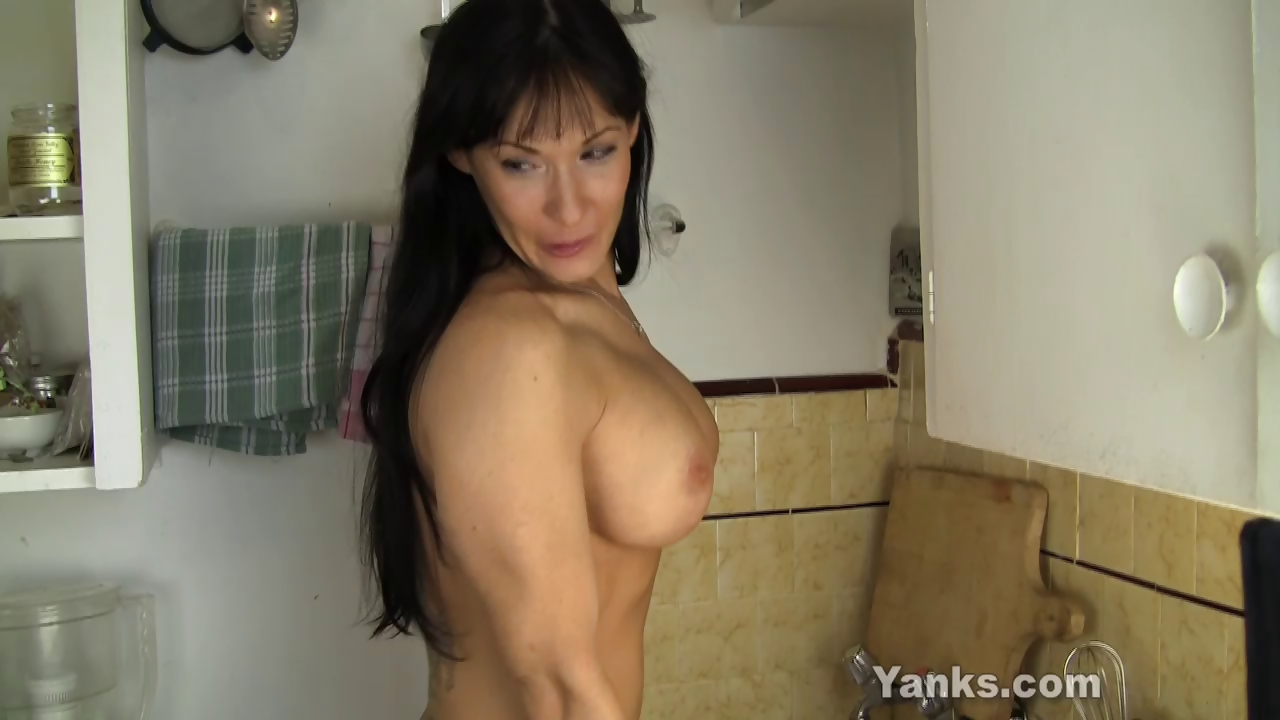 Sex Movie of Hot Mom Fucking A Kitchen Counter