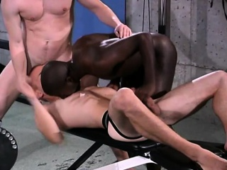 Horny stud Willie takes hard cocks in his mouth and ass in a gay interracial three-way