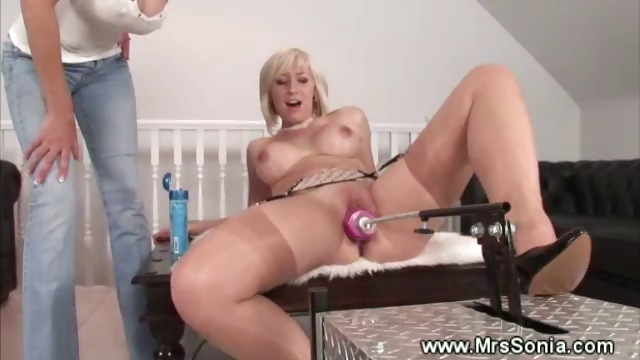 Porno Video of Super Shoot Mature Brit