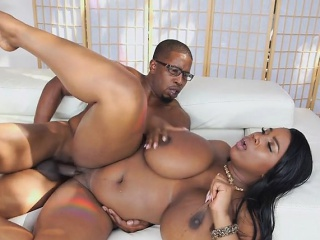 Ebony Hoe Maserati Gets Dicked Down And Creamed