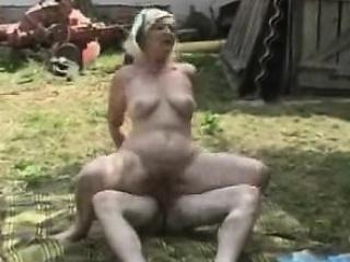 janee from 1fuckdatecom - german granny