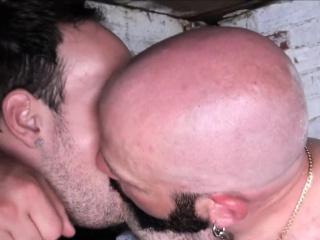 Superchub mature barebacks before facial