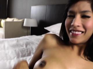 Asian ladyboy cums solo