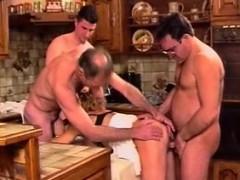 Порно зрелых блондинок руских снытых на камеру дома