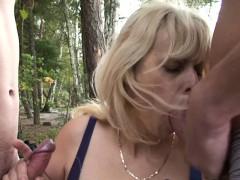 Порно видео приставание смотреть онлайн