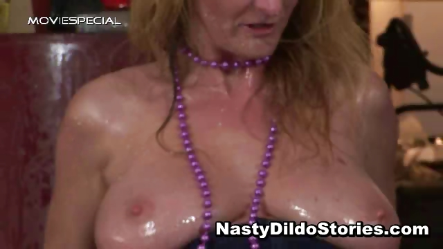 Porno Video of Mature Milf Gets All Her Holes Filled Part2