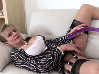 unfaithful british milf lady sonia pops out her gigantic tit