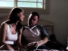 Толстушка любитпоебаться в вагину видео