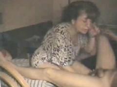 Порно молодой внучки с дедом на природе