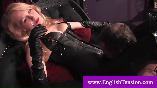 Porno Video of Domina Wants To Be Pleased By Servant
