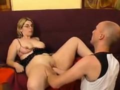 Смотреть порно видео жирной мачехи и падчерицылесбиянок