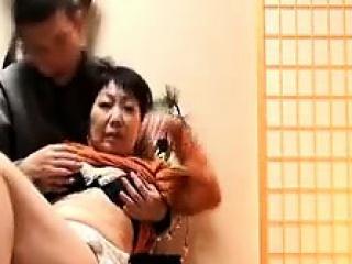 Жена друг семьи домашнее порно