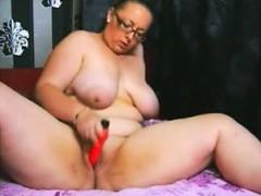 Порно телку заливают спермой много мужиков