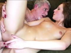 Скрытая мини камера в душе смотреть онлайн порно