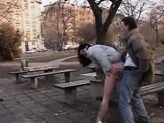 Порно фото женщин ебущих в толстый зад