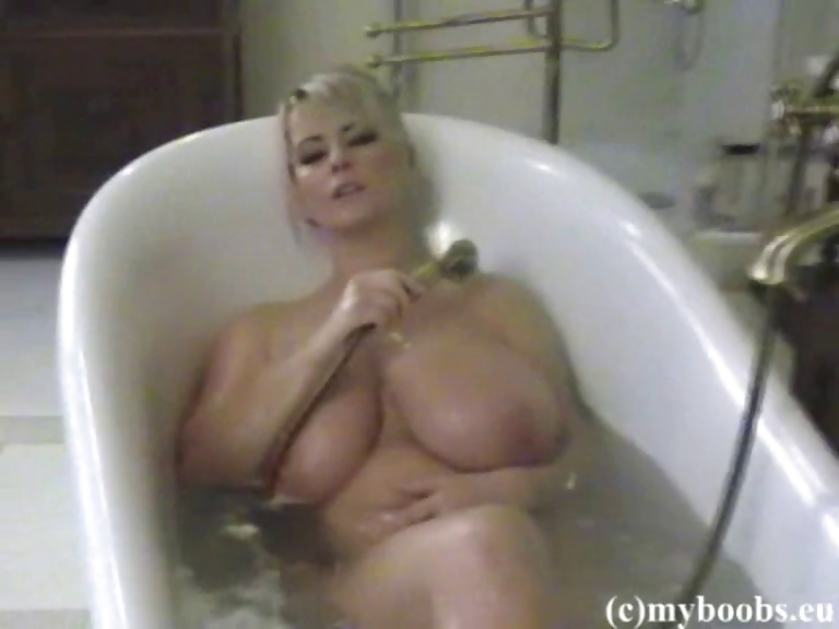 Porn Tube of Polish Busty Star Bea Flora