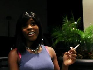 Teen ebony gets facial
