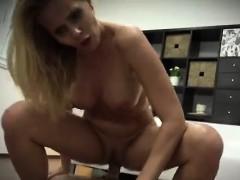 Смотреть мама и дочь лесбиянки порно