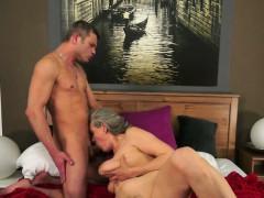 порно видео соблазнение соседкой