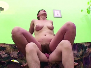 Seduce milf first fuck...