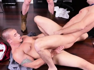 Kissing gay sex and hot daddy gay hard sex nude first time L