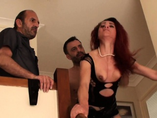 Женщина с двумя письками у гинеколога фото